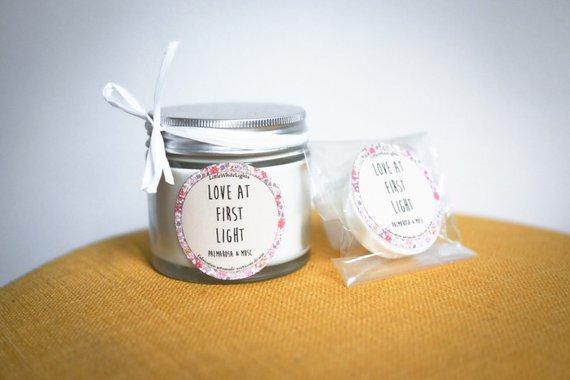 Little White Lights | bougies et galets de cires parfumés par Marion Elie