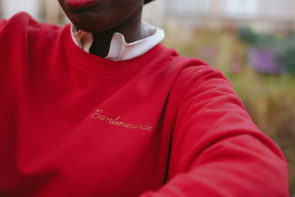 sweat shirt banlieusarde rouge
